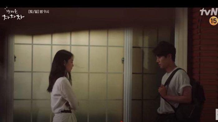 PREVIEW Hometown Cha-Cha-Cha Episode 6, Hye Jin Cemburu pada Doo Shik?
