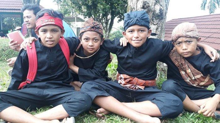 ''Si Bolang'' dari Kampung Budaya Sindang Barang
