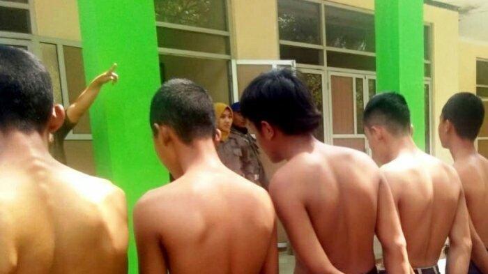 Seorang Pelajar SMK di Tegal yang Bolos Sekolah Ketahuan Bawa Celurit