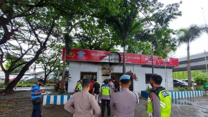 Pos Lalu Lintas di Flyover Makassar Dilempar Bom Molotov