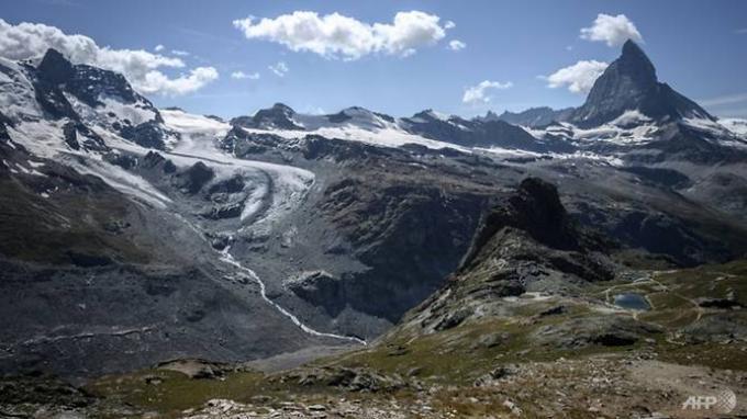 Hampir 300 Miliar Ton, Jumlah Dunia Kehilangan Es akibat Pencairan Gletser Tiap Tahun