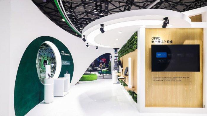 Booth Oppo di ajang Mobile World Congress, Shanghai (MWCS) yang berlangsung di Kota Shanghai, China, 23 – 25 Februari 2021.