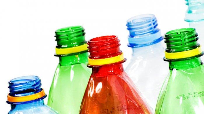 Niatnya Ramah Lingkungan, Ada Bahaya di Balik Mengisi Ulang Botol Plastik Kemasan
