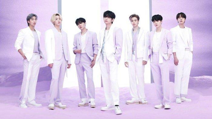 Boy group asal Korea Selatan, BTS mengumumkan pembatalan tur dunianya.