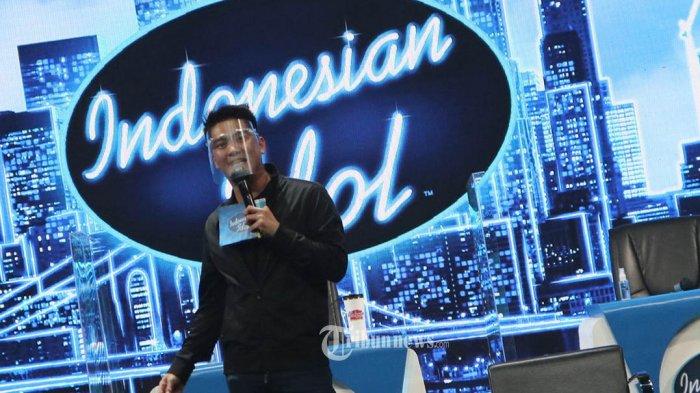 Boy William jadi host Indonesian Idol Special Season 2020 menggantikan Daniel Mananta dalam konperensi pers yang digelar, Kamis (12/11/2020) di Studio 10, MNC Studios, Kebon Jeruk, Jakarta. Sedangkan Juri di  Indoneisan Idol Special Season atau Indonesian Idol XI kali ini Ari Lasso, Anang Hermansyah, Maia Estianty. Rossa, dan Judika. TRIBUNNEWS.COM/FX ISMANTO