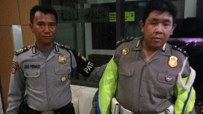 Jumardi Ketahuan Polisi Gadungan Karena Pakai Tanda Pangkat Terbalik