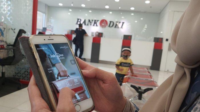 Penerima Bantuan Sosial Tunai Diimbau Gunakan JakOne Mobile untuk Hindari Antrean