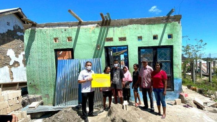 BTN Kirim Bahan Bangunan Terdampak Badai Siklon Seroja di Kupang