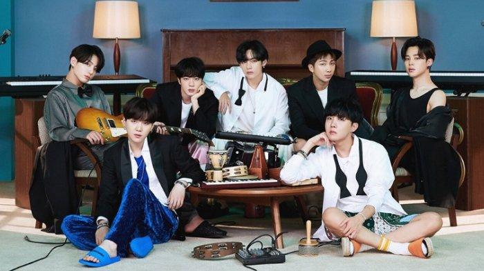 Hidden Track BTS Berjudul Sea Ungkap Perjuangan RM dkk saat Debut, Simpan Kisah Menyedihkan
