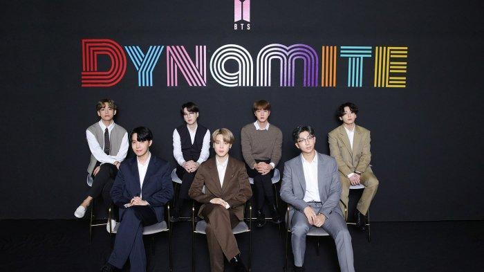 RM, V, Jin, Suga, Jimin, J-Hope dan Jungkook