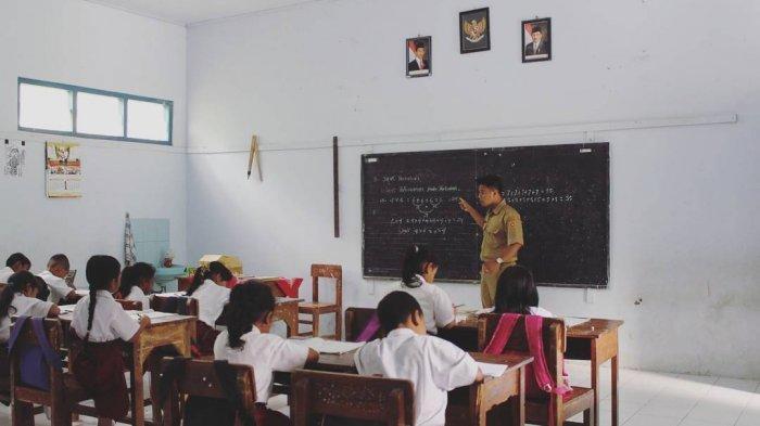 Fraksi PKS Harap Tunjangan Profesi Guru Diperluas dan Diperbesar