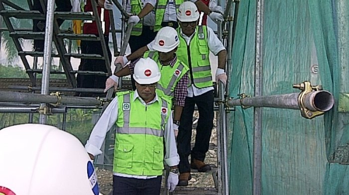 Menteri Perhubungan Pantau Lokasi Proyek LRT