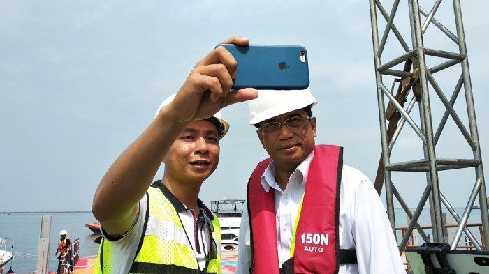 Menteri Perhubungan Budi Karya Sumadi di acara site visit proyek Pelabuhan Patimbang di Kabupaten Subang, Jawa Barat, Rabu (9/1/2019).