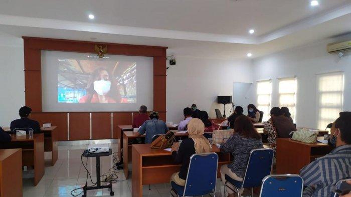 Gali Kreativitas Masyarakat Bogor, KKP Latih Budidaya Ikan Cupang Hias