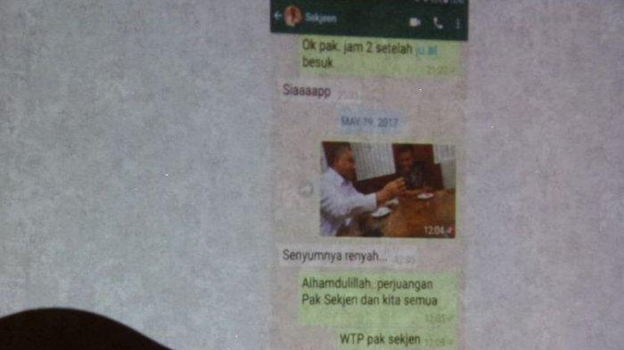 Bukti WhatsApp Ada Foto Menteri Desa dan Auditor BPK