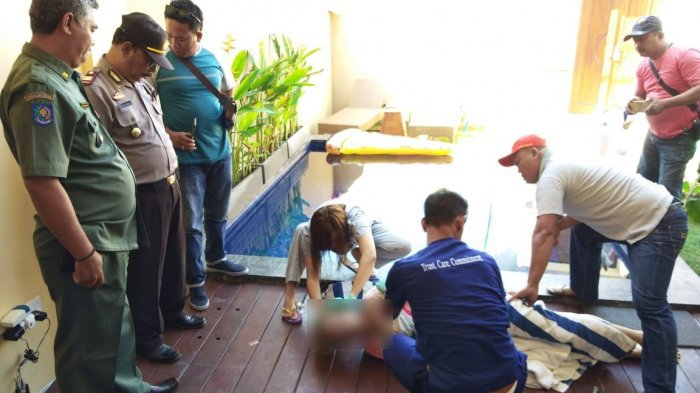 Bule Perempuan Meregang Nyawa Setelah Ditinggal Kekasihnya Semalaman di Kolam Renang Vila