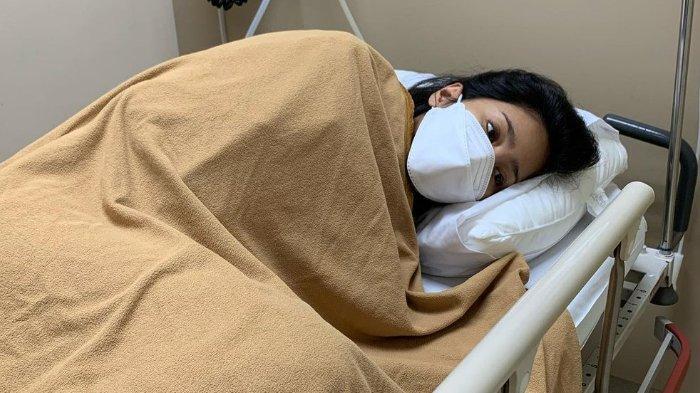 Bunga Zainal Dilarikan ke Rumah Sakit, Sebut Bukan karena Covid-19: Ada Infeksi pada Darah