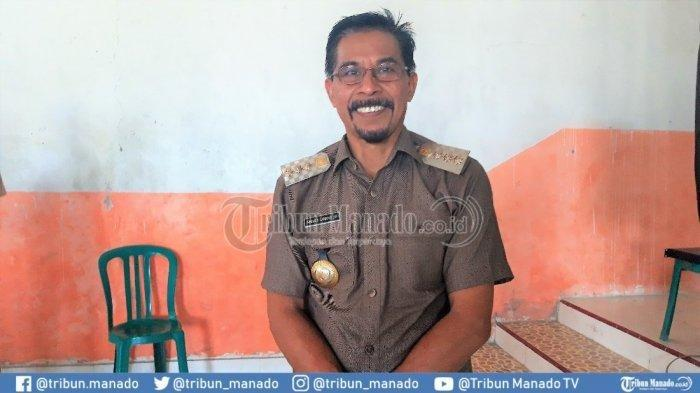 Jokowi Salurkan Bansos pada Warga, Bupati Botim di ILC: Presiden Pakai Mobil, Kita Harus Lari-lari