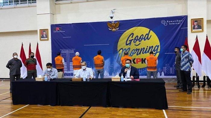 BREAKING NEWS: KPK Tetapkan Bupati Probolinggo dan Suaminya sebagai Tersangka Jual Beli Jabatan