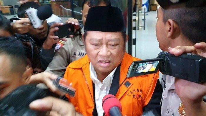 Pernyataan Membingungkan Bupati Sidoarjo saat Kenakan Rompi Oranye KPK