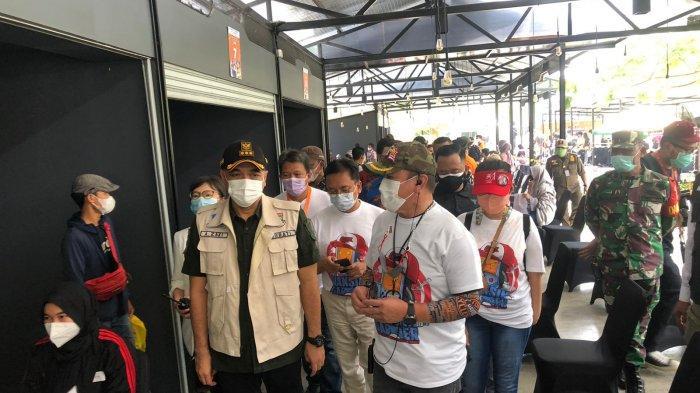 Tinjau Sentra Vaksinasi Gamer Indonesia, Bupati Tangerang Sampaikan Apresiasi