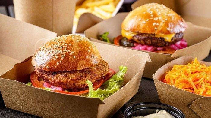 19 Pegawai Makanan Cepat Saji Ditahan Semalaman Karena Tak Beri Burger Gratis ke Polisi