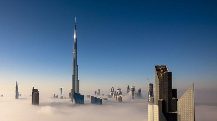 Kolektor Sepatu Ini Simpan Koleksi Sepatu Mewahnya di Burj Khalifa