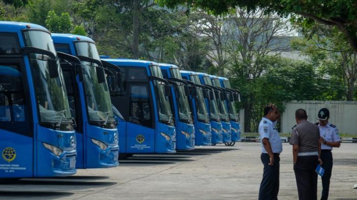 Bus Trans Koetaradja.