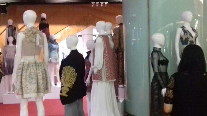 Koleksi Sebastian Gunawan Dipamerkan The Journey of Couture