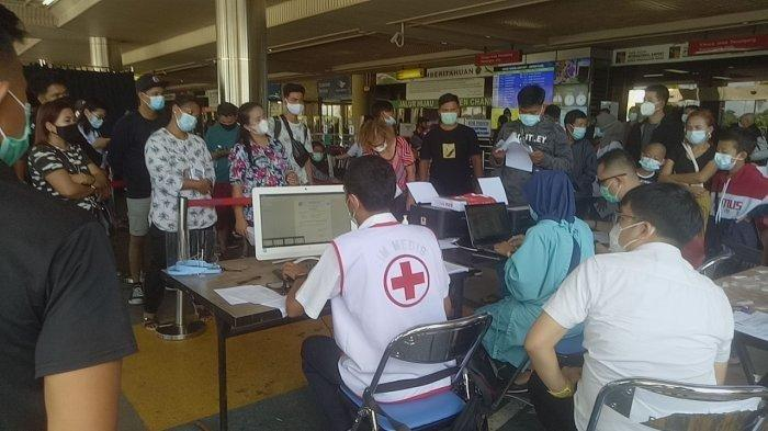 Rapid Tes Antigen di Bandara Hang Nadim Batam, 17 Calon Penumpang Pesawat Positif Covid-19
