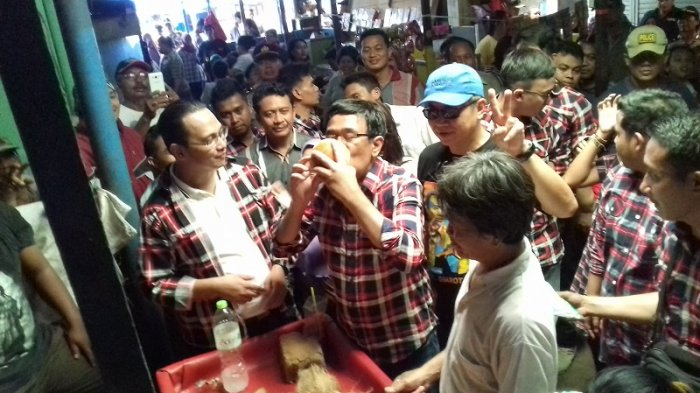 Blusukan ke Pasar Radio Dalam, Djarot Beli Ramuan Herbal hingga Jadi 'Drunken Master'