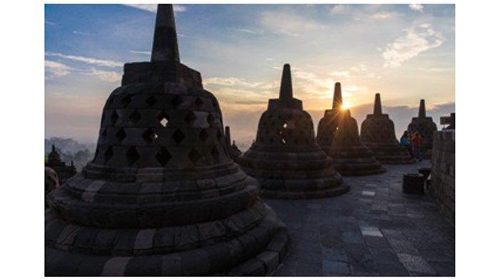 Pengelola Candi Borobudur Cabut Aturan Pengunjung Wajib Didampingi Pemandu di Zona 1