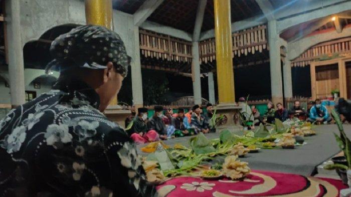 Padepokan Prasetya Budya Gelar Selamatan Sedekah Gunung