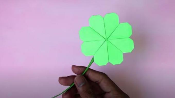 Cara Membuat Origami Bunga Berbentuk Semanggi 4 Daun, Materi SD Kelas 4-6 di TVRI, Kamis 7 Mei 2020