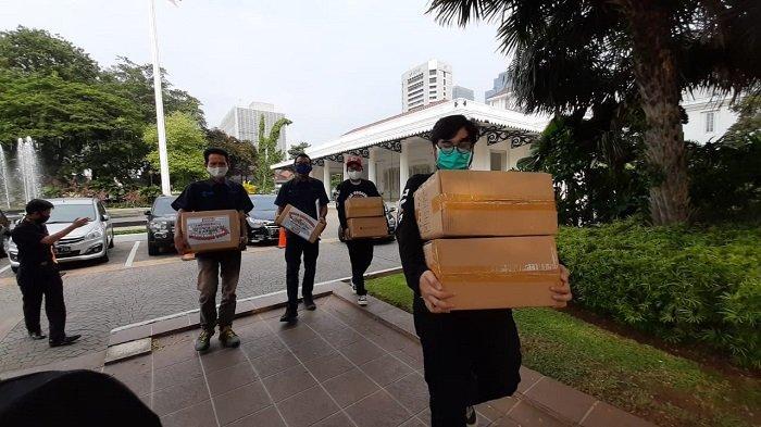 Produksi Masker Untuk Donasi, Cardinal Gandeng Tribunnews: 20.000 Pertama untuk Petugas di Jakarta
