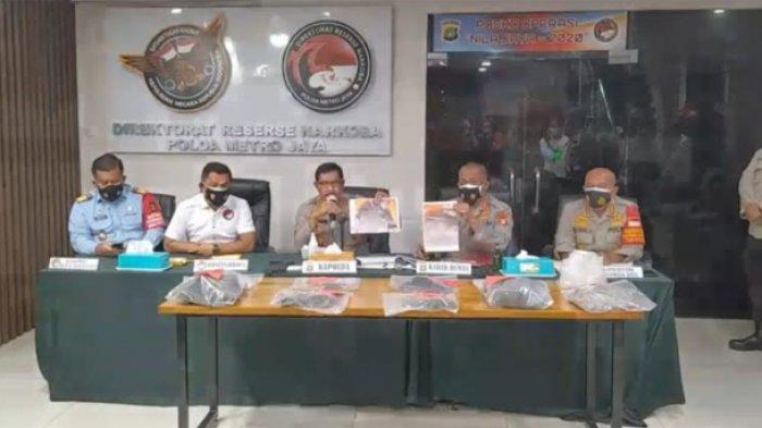 Kapolda Metro Jaya Irjen pol Nana Sudjana, Senin (19/10/2020) menjelaskan kasus kematian Cai Changpan terpidana mati yang bunuh diri di hutan Jasinga usai lari dari Lapas Tangerang.