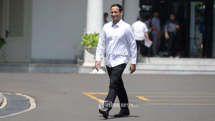 DATANG KE ISTANA KEPRESIDENAN -Salah satu pendiri yang juga CEO goJek Nadiem Makarim  usai bertemu dengan Presiden Joko Widodo di Kompleks Istana Kepresidenan, Jakarta, Senin (21/10/2019). Menurut Presiden Joko Widodo akan memperkenalkan jajaran kabinet barunya usai dilantik Minggu (20/10/2019) kemarin untuk masa jabatan keduanya bersama Wapres Ma'ruf Amin periode tahun 2019-2024. Warta Kota/henry lopulalan