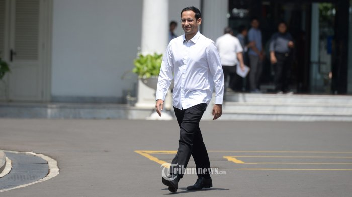 DATANG KE ISTANA KEPRESIDENAN -Salah satu pendiri yang juga CEO goJek Nadiem Makarim  usai bertemu dengan Presiden Joko Widodo di Kompleks Istana Kepresidenan, Jakarta, Senin (21/10/2019).