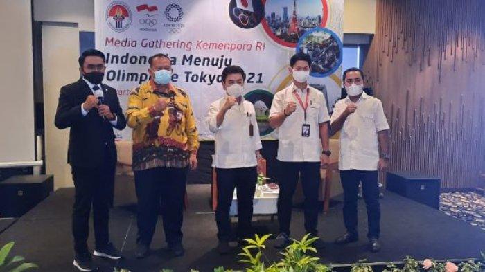 Atlet Indonesia Dapat Fasilitas Penerbangan Kelas Bisnis Saat Terbang ke Olimpiade Tokyo
