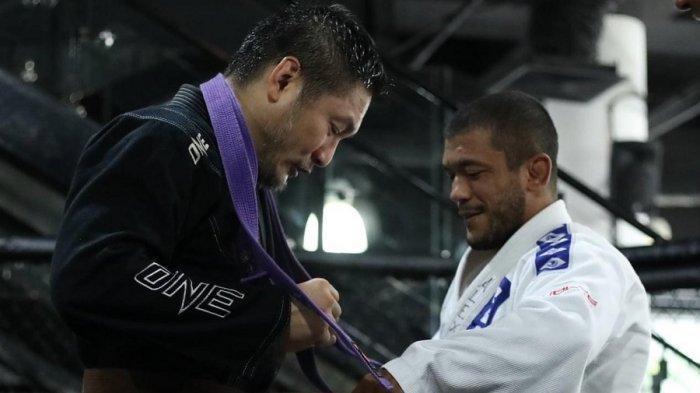 Chatri Sityodtong Raih Sabuk Cokelat Brazilian Jiu-Jitsu