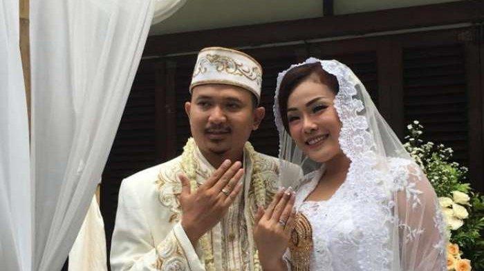 Chef Aiko dan Suami Rencana Bulan Madu Naik Motor ke Bali, Selama Perjalanan Menginapnya di Tenda
