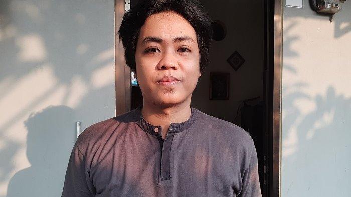 Cerita Pilu Chef di Bekasi yang Dirumahkan Tanpa Upah, Terpaksa Jual Ayam dan Bakso Geprek