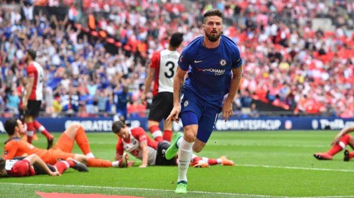 Striker Chelsea, Olivier Giroud merayakan golnya ke gawang Southampton pada laga semifinal Piala FA 2017-2018 di Stadion Wembley, London, Inggris, Minggu (22/4/2018) malam WIB.
