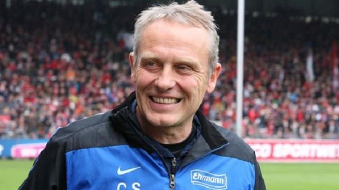 Christian Streich Tentang Ayah demi Kemenangan Freiburg FC - Tribunnews.com  Mobile