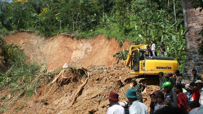 Bencana Longsor di Tana Toraja, 35 Ribu Keluarga Terisolir, Satu Orang Tewas