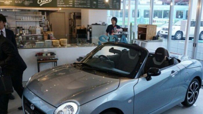 Daihatsu Kepikiran Bikin Kafe yang Ada Copen Parkir di Dalamnya