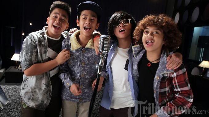 Lirik dan Chord Gitar Lagu Terhebat - Coboy Junior: Tak Perlu Tunggu Hebat