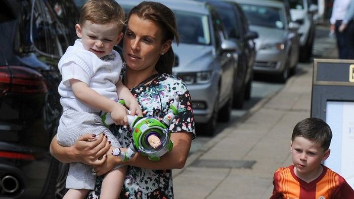 Istri Rooney dan Vardy Perang di Media Sosial