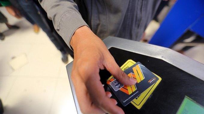 Asyik! Pengguna KRL Commuter Line Bisa Tarik Saldo Kartu Multi Trip Mulai 1 Juli