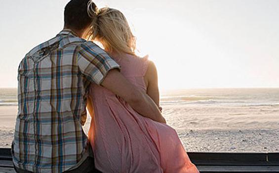 RAMALAN ZODIAK Kamis, 24 Juni 2021: Capricorn Romantis Pada Pasangan, Gemini Terfokus Pada Pekerjaan